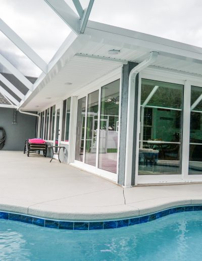 Sun room with pool view in Lakeland Florida